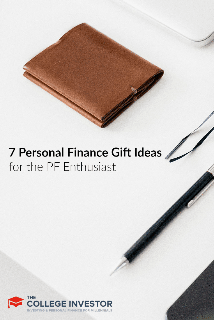 Here are seven great personal finance gift ideas for the personal finance lover, or the relative that needs to learn about this stuff.